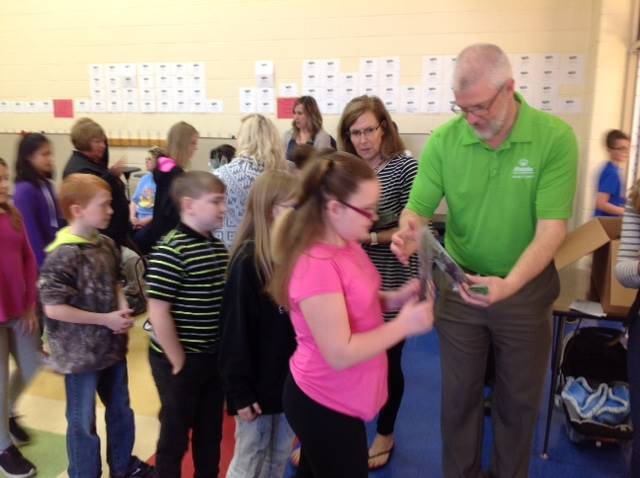 4th grade Arbor Day tree give away